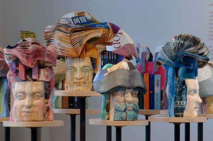 Recycled book sculptures! Isn't it amazing?