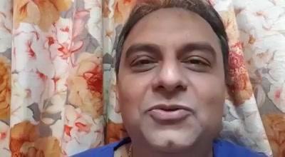 Here's Jay Vasavada saying something about #PustakParv!  Venue: Sushilaben Ratilal Hall, Nr.Swastik Cross Road, C.G.Road, Ahmedabad  #9thAugust #NavbharatSahityaMandir #Books #Reading #LoveForReading #BooksLove #BookLovers